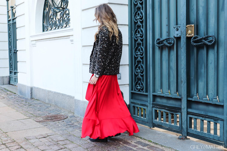 greymatter-fashion-ruffle-skirt-karmamia.jpg