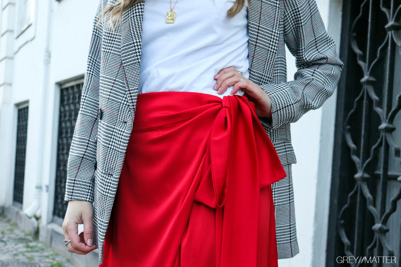 karmamia-nederdel-neo-noir-blazerjakke-adina-gm1.jpg