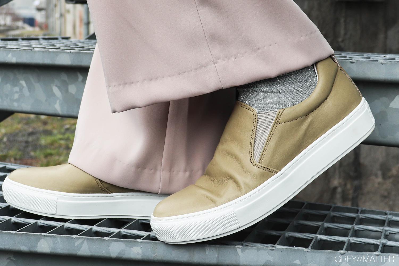 apair-sneakers-shoes-a-pair-sko.jpg