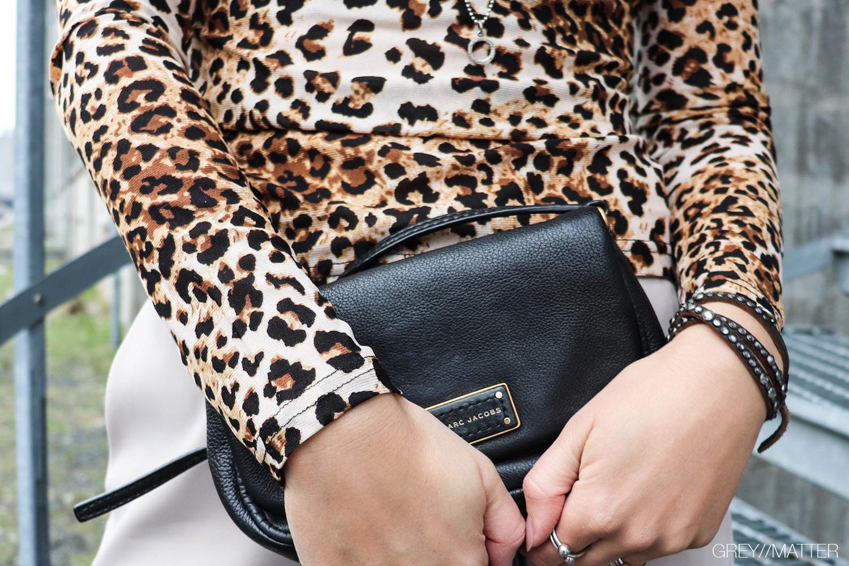 greymatter-leopard-print-blouse-bluser.jpg