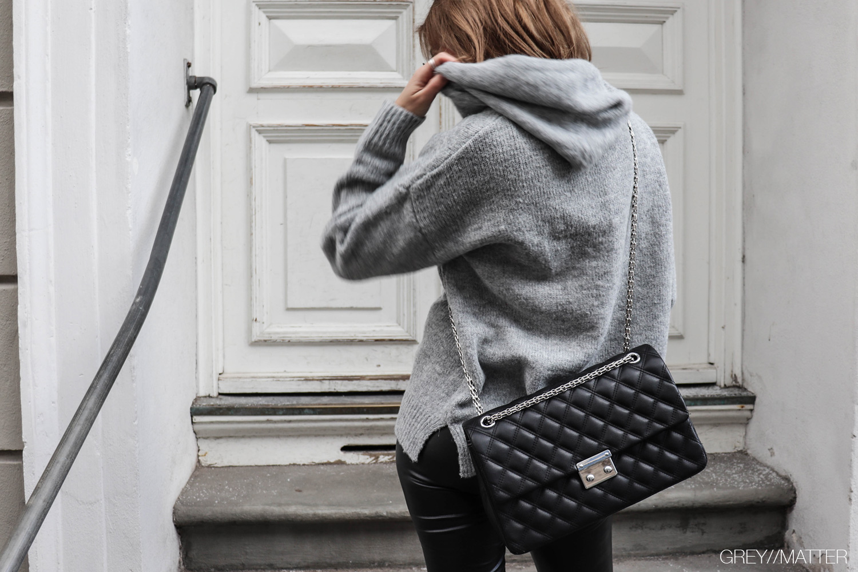 greymatter-fashion-hoodie-strikbluse-bluser.jpg