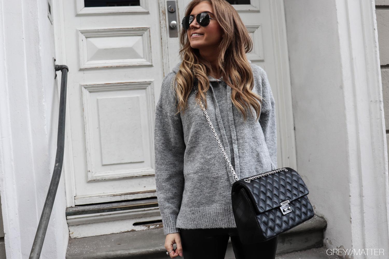 greymatter-notebook-strikbluse-hoodie-knit.jpg
