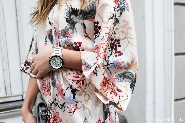 beige-kimono-print-greymatter.jpg