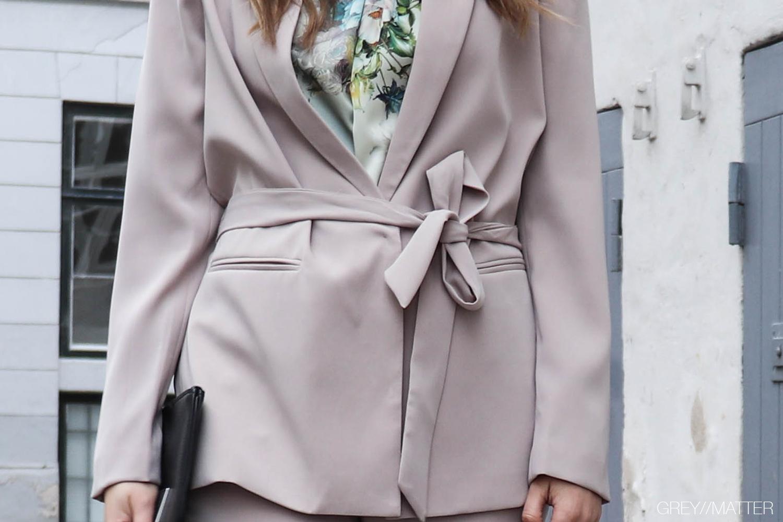 greymatter-kimono-blazer-jakke-neo-noir.jpg