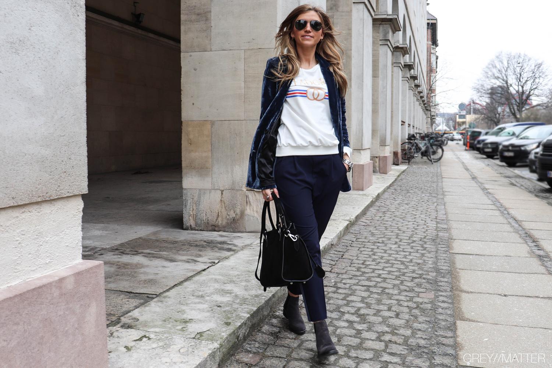 imperial-blue-pants-med-stribe-apair-sko-neo-noir-jakke-velour.jpg