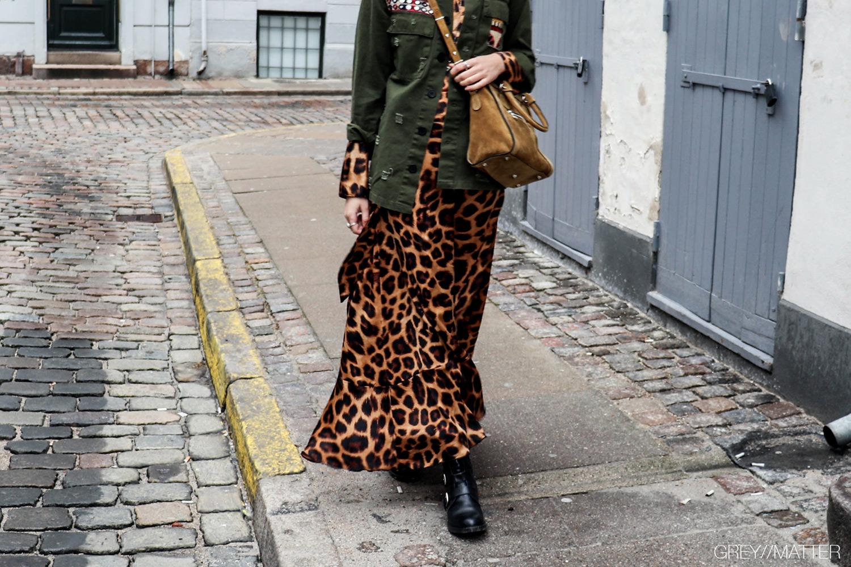 karmamia-lang-leopard-nederdel-ruffle-skirt.jpg