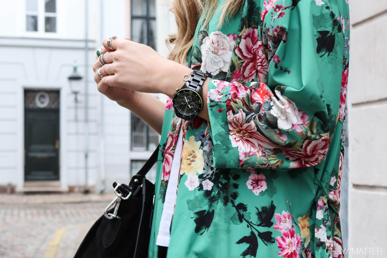 greymatter-kimono-groen-flowerprint-apair-taske.jpg