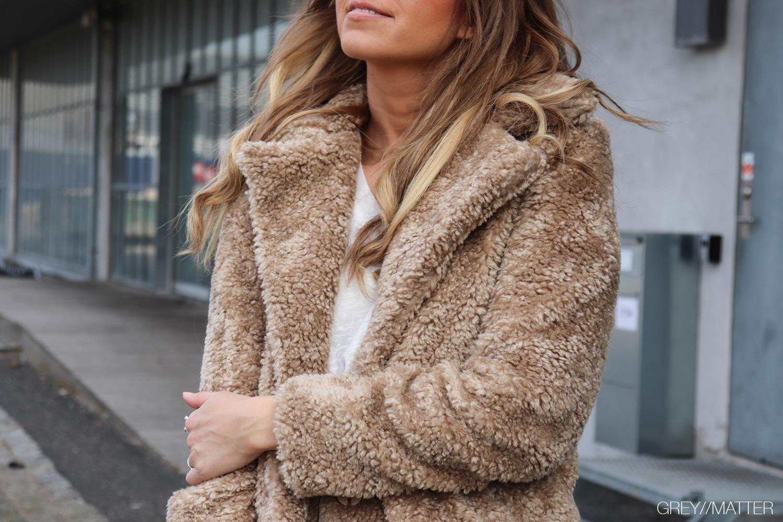 greymatter-fashion-look-teddy-coat.jpg