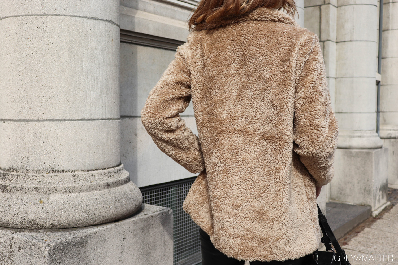 greymatter-rulamspels-faux-teddy-coat.jpg