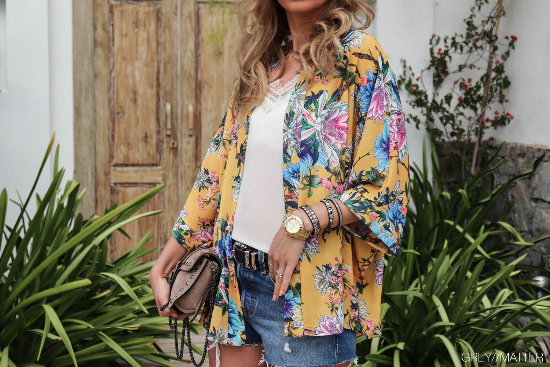 greymatter-fashion-kimono-moutarde-bomsterprint.jpg