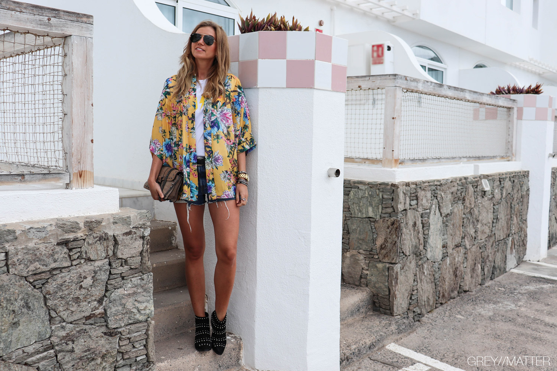 greymatter-fashion-moutarde-kimono-flowerprint.jpg