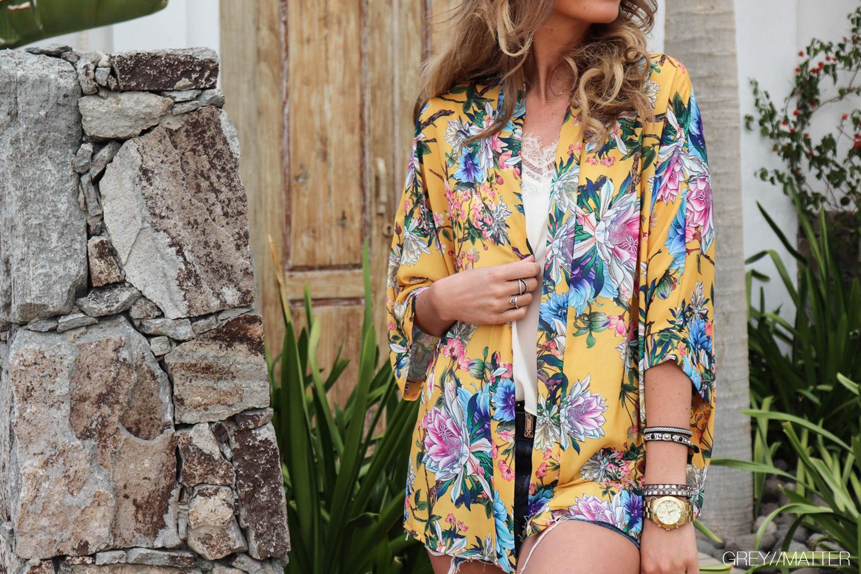 greymatter-fashion-moutarde-nyhed-kimono-bluse.jpg