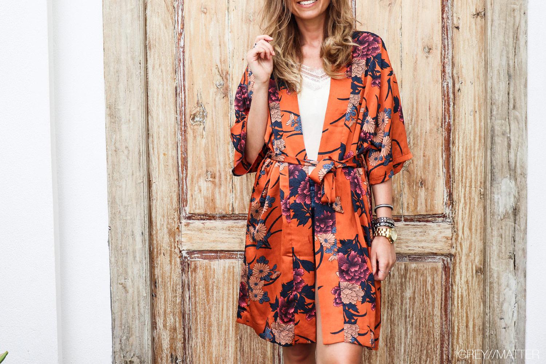 greymatter-fashion-orange-kimono.jpg