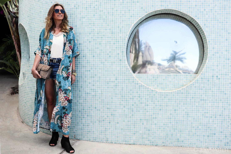 greymatter-kimono-lang-farverig.jpg