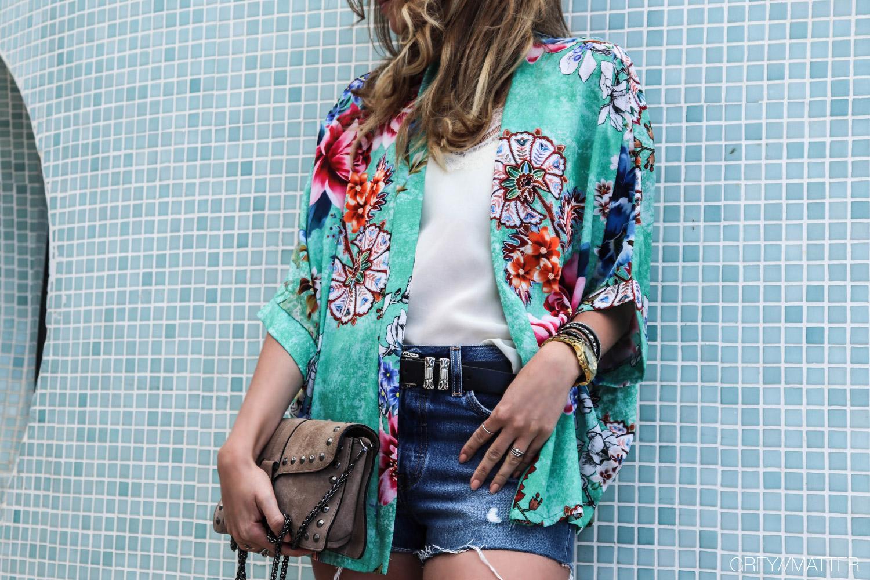 greymatter-fashion-kimono-vert-flower.jpg