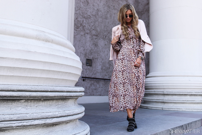 greymatter-fashion-imperial-kjole-dresses.jpg