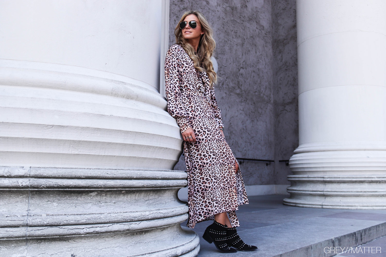 greymatter-leopard-kjole-imperial-fashion-lange-kjoler.jpg