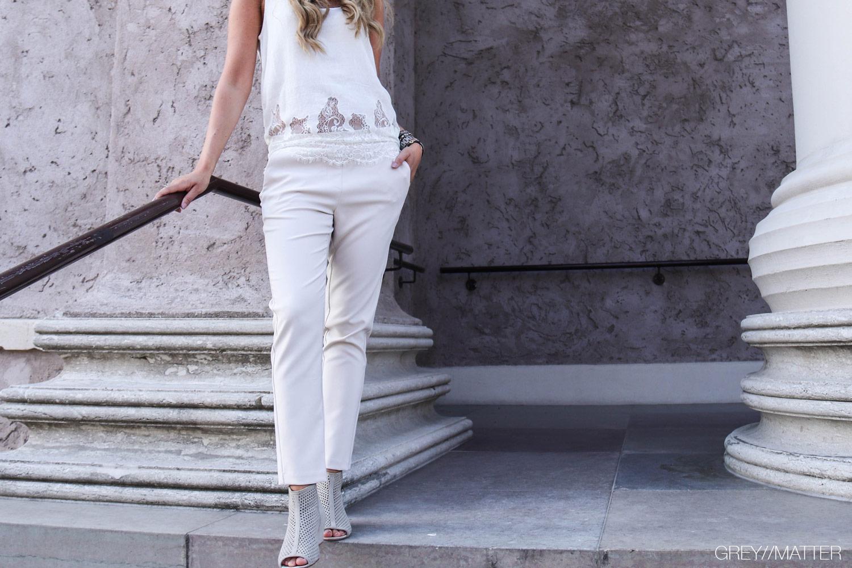 imperial-bukser-beigefarvet-sommerbuks-smuk-greymatter.jpg