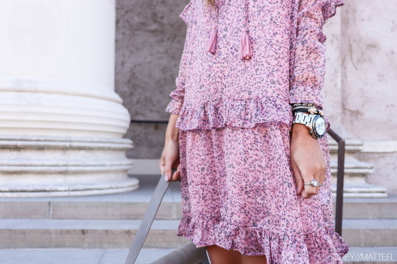 abela-kjole-greymatter-neo-noir-kjoler.jpg