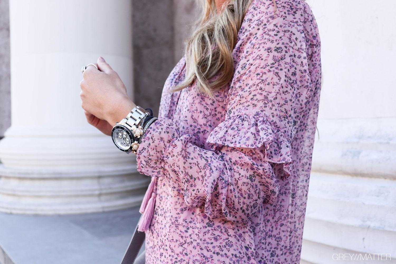 abela-kjole-neo-noir-lavendel.jpg