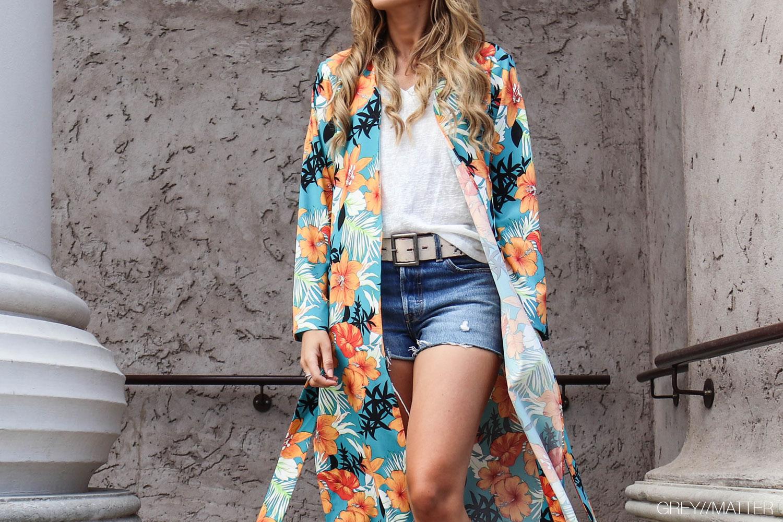 kimono-greymatter-blomstermotiv-orange-flower.jpg