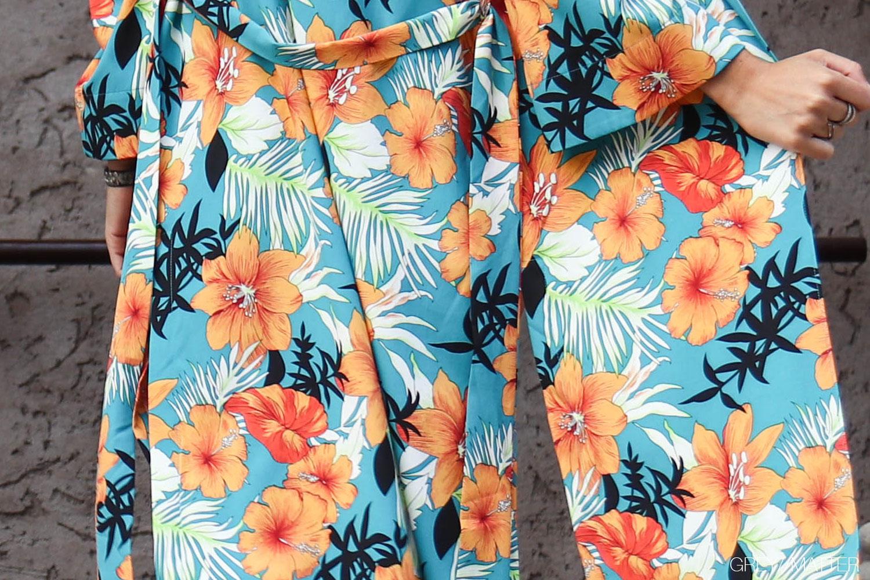 kimono-lang-greymatter-orange-flower.jpg