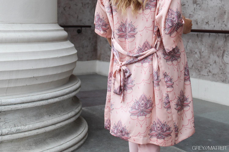 greymatter-kelsie-kimono-lotus-gm1.jpg