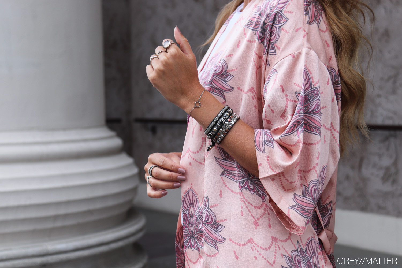 greymatter-lotus-kelsie-kimono-neo-noir.jpg