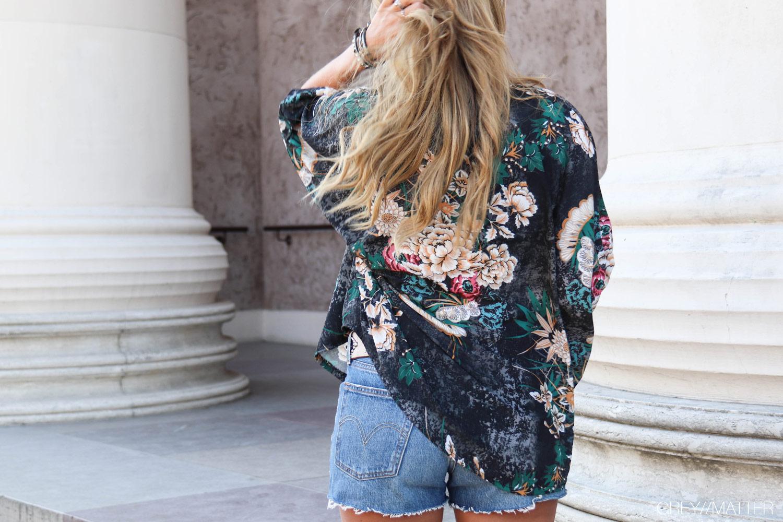 greymatter-kimono-sort-kort-kimonoer-bluser.jpg