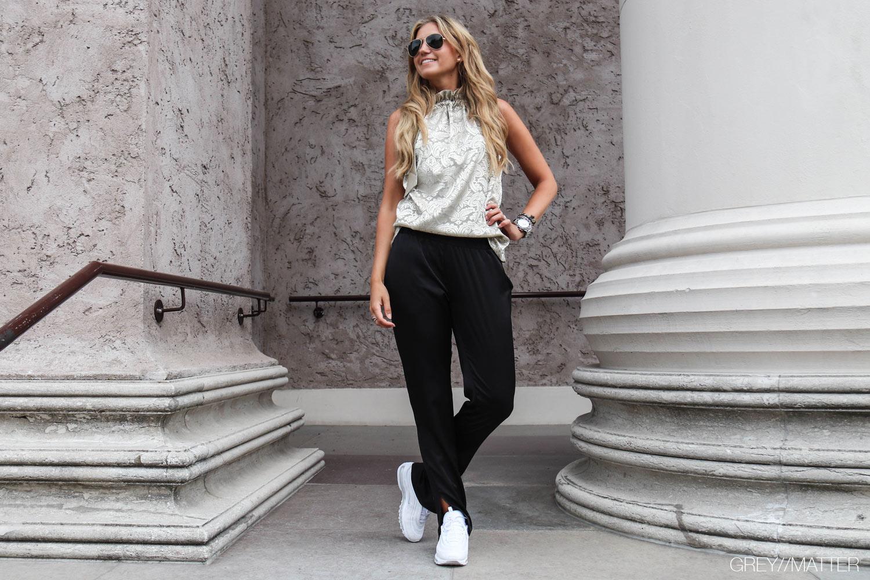 darla-bukser-neo-noir-sort.jpg