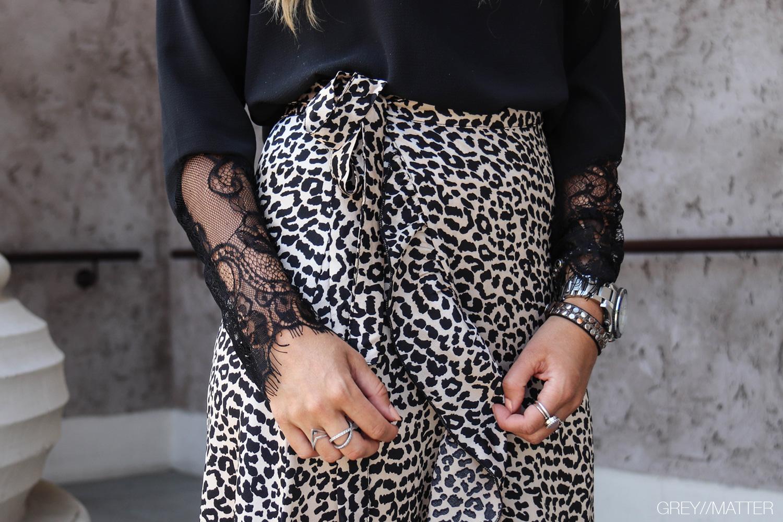 greymatter-elena-nederdel-med-print.jpg