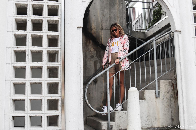 4-greymatter-fashion-blazerjakke-lyseroed.jpg