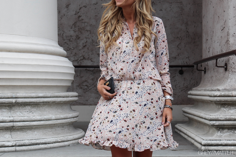 greymatter-neo-noir-felicia-kjole-gm1.jpg