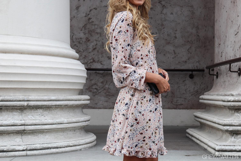 greymatter-neo-noir-kjole-felicia-dress.jpg