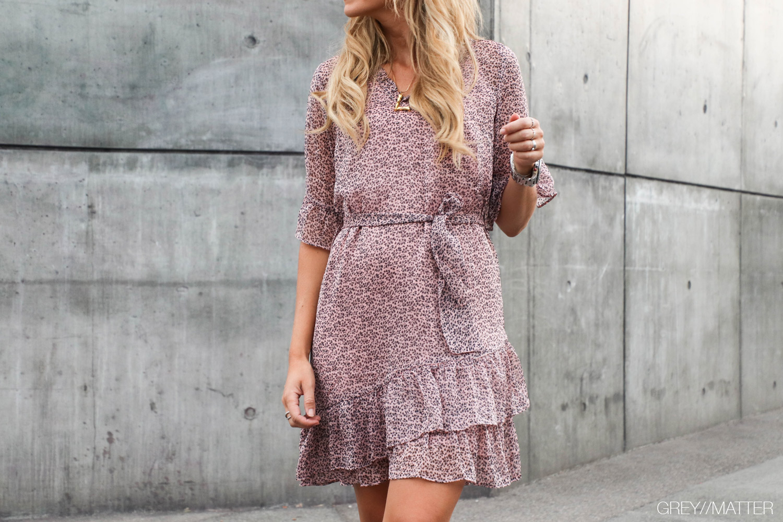 greymatter-fashion-megan-kjole-neo-noir-blogger.jpg