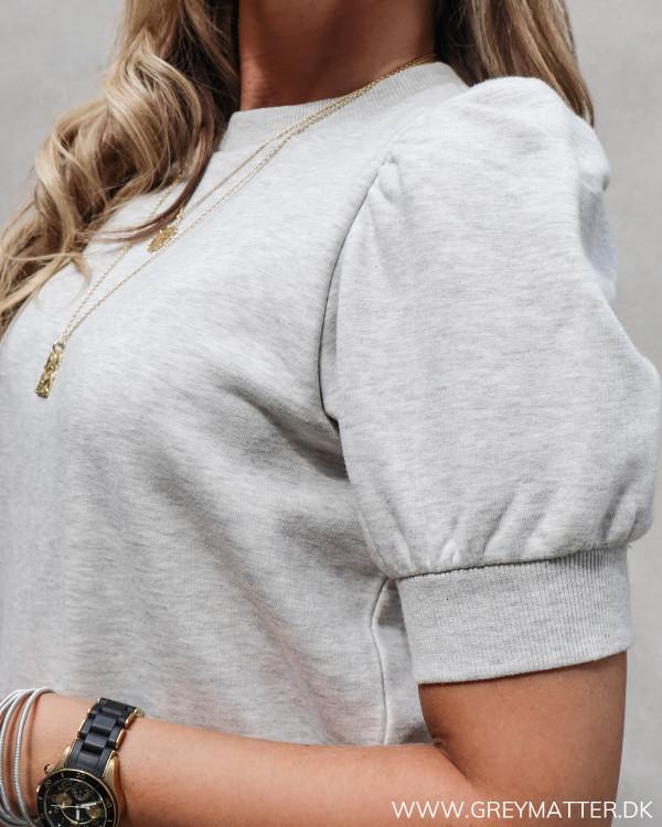 Lysegrå sweat t-shirt fra Neo Noir