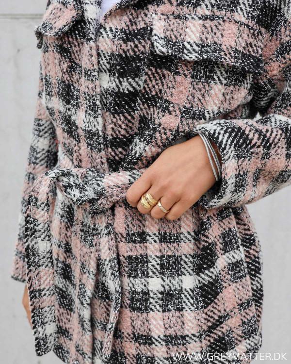 Rosafarvet jakke til kvinder fra Neo Noir