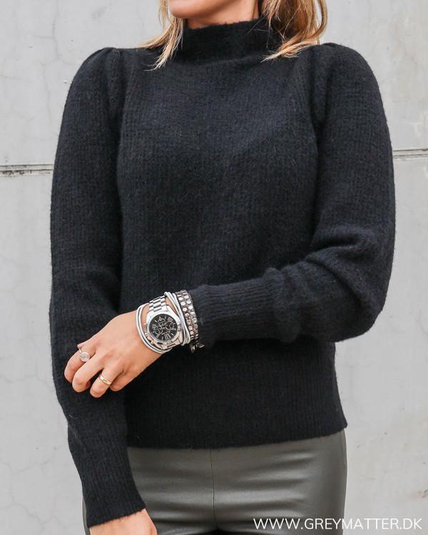 Marlia sort trøje til damer fra Neo Noir