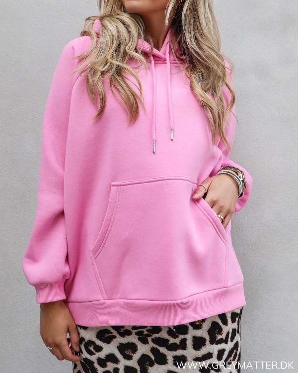 Neo Noir pink sweatshirt med logo