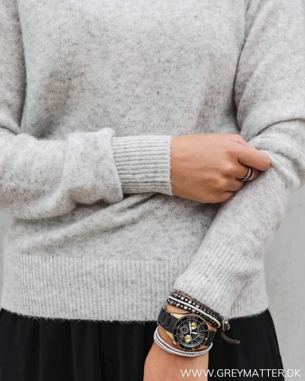 Neo Noir bluse i strik med stylenavn Dina