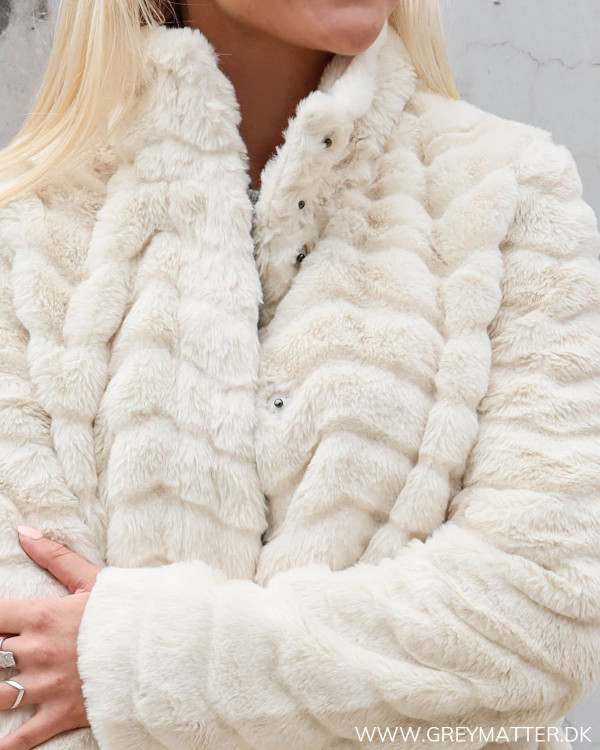 Vila jakke i faux fur