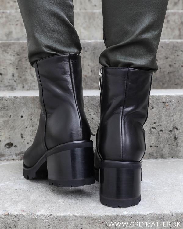 Sorte vinter støvler fra Apair med god hælhøjde