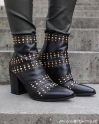 Classic Rivets Gold New Nero Boots