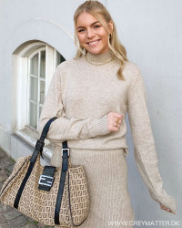 Viril Turtleneck Natural Melange Knit Blouse