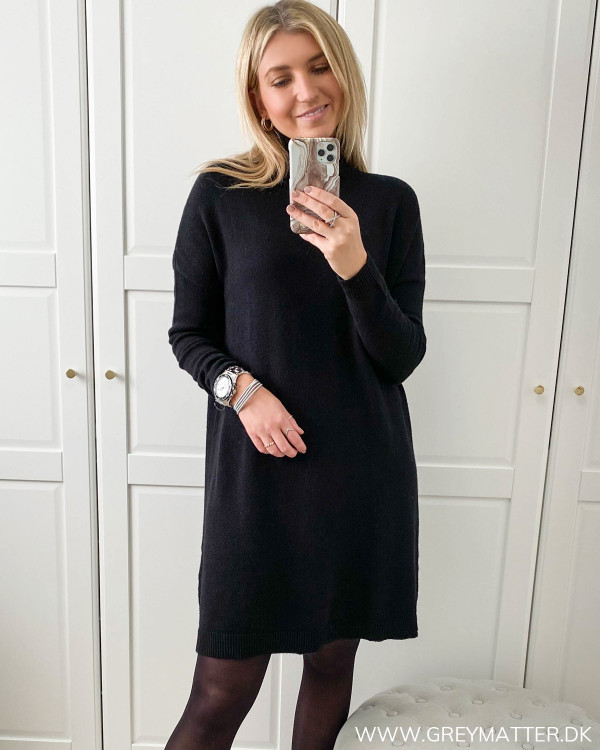 Vila Viril Rollneck Black Knit Tunic