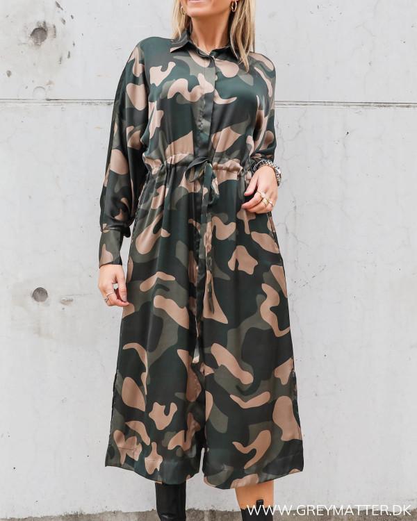 Camouflage kjole fra Karmamia Cph.