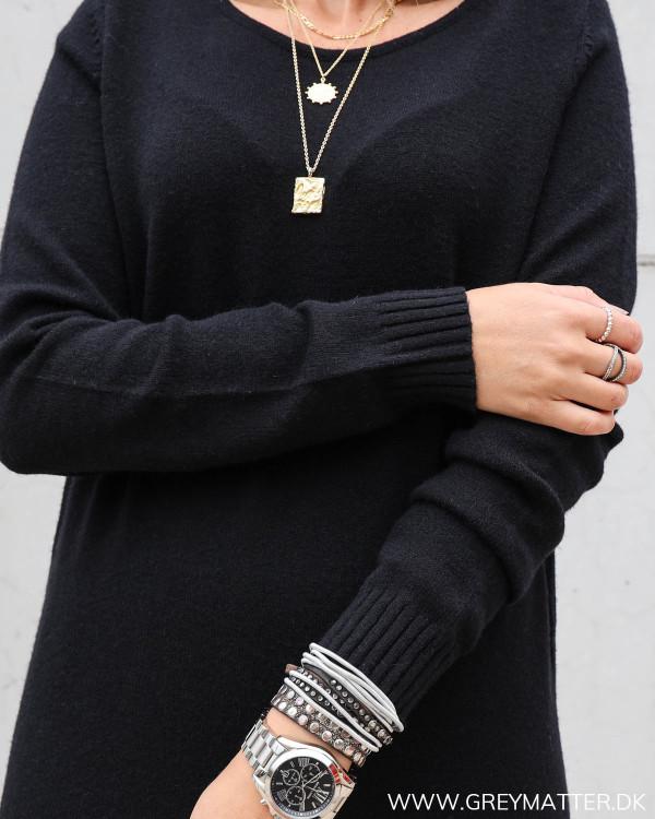 Strik kjole i sort fra Vila