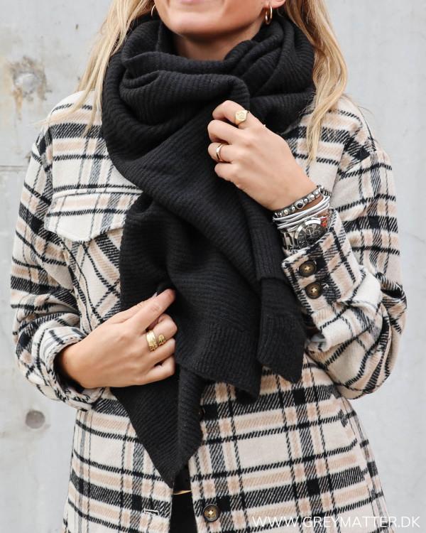 Tørklæde til damer i sort