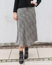 Bovary Stone Black Skirt