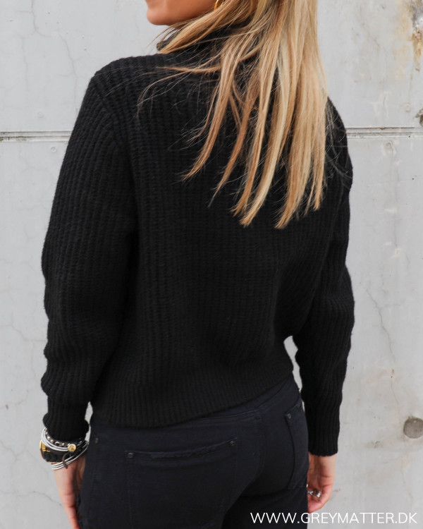 Yas Yasmarilyn Black Zip Knit Pullover